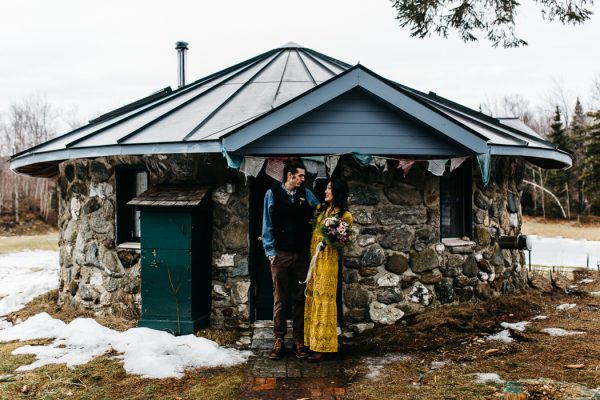 cozy-alternative-fall-wedding-inspiration-in-snowy-vermont-14