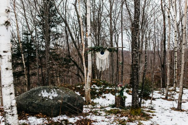cozy-alternative-fall-wedding-inspiration-in-snowy-vermont-24