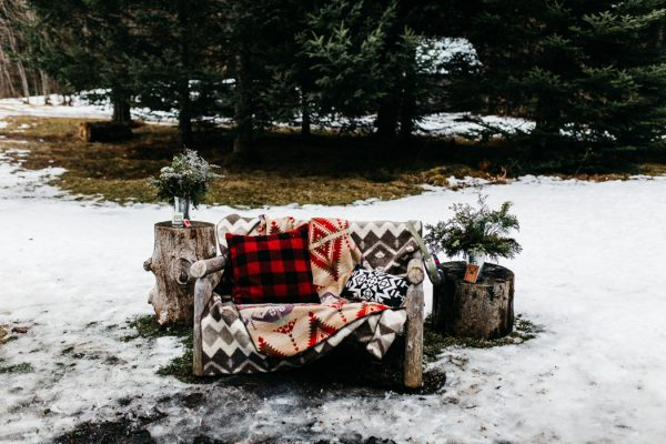 cozy-alternative-fall-wedding-inspiration-in-snowy-vermont-26