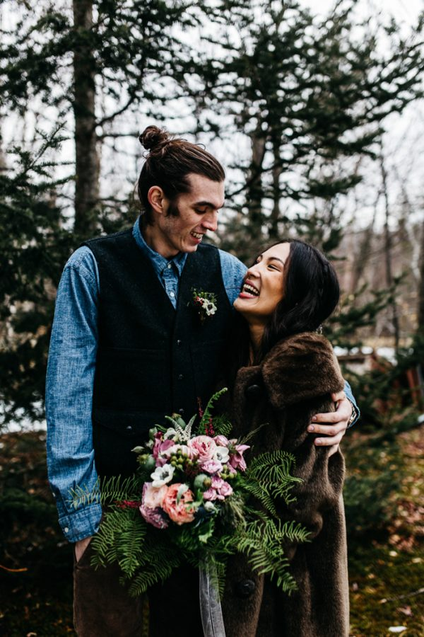 cozy-alternative-fall-wedding-inspiration-in-snowy-vermont-35