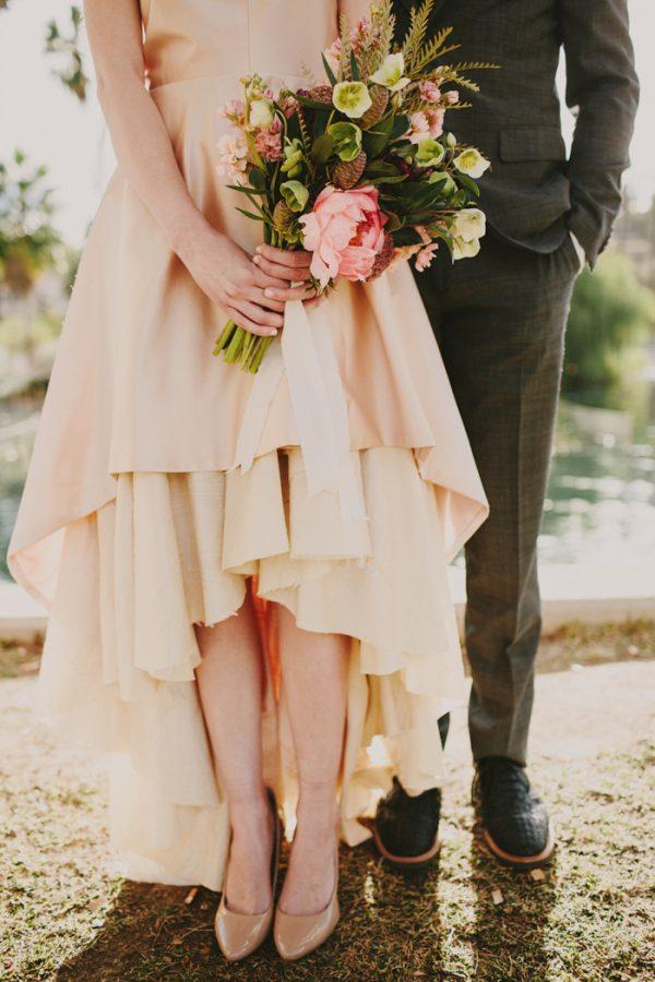 creative-blush-wedding-inspiration-at-echo-park-lake-14