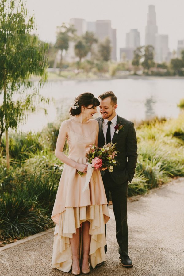 creative-blush-wedding-inspiration-at-echo-park-lake-18