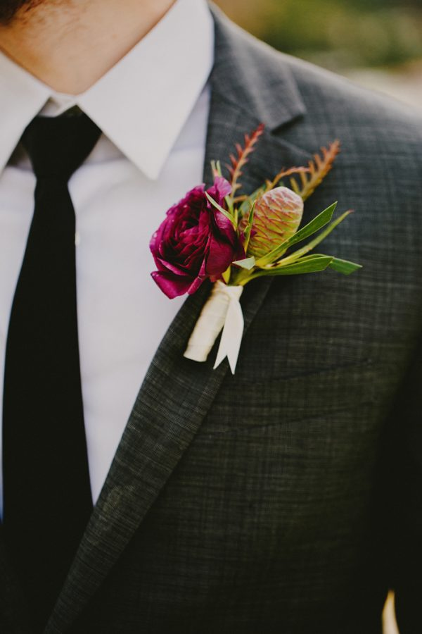 creative-blush-wedding-inspiration-at-echo-park-lake-2