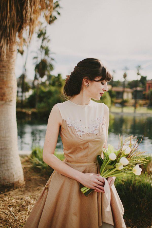 creative-blush-wedding-inspiration-at-echo-park-lake-27