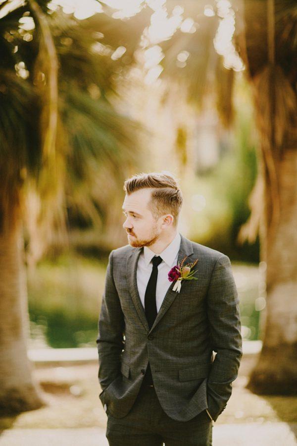 creative-blush-wedding-inspiration-at-echo-park-lake-3