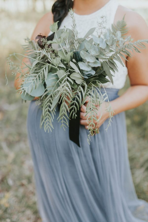 enchanting-british-columbia-wedding-with-a-touch-of-retro-vibes-26