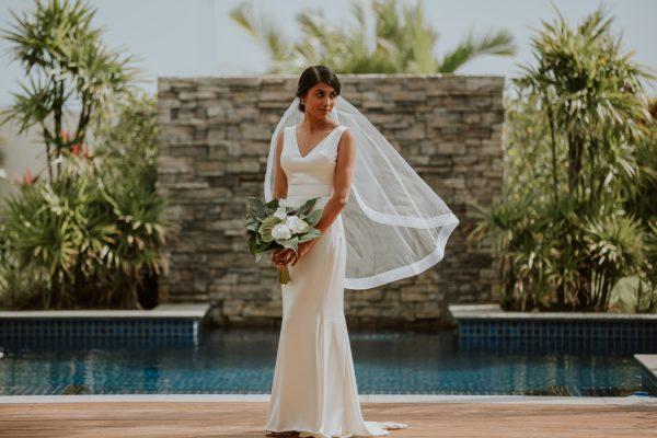 glamorous-fiji-wedding-at-the-garden-of-the-sleeping-giant-15