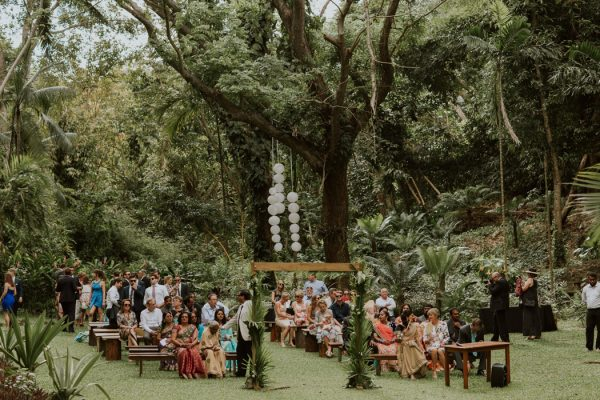 glamorous-fiji-wedding-at-the-garden-of-the-sleeping-giant-21