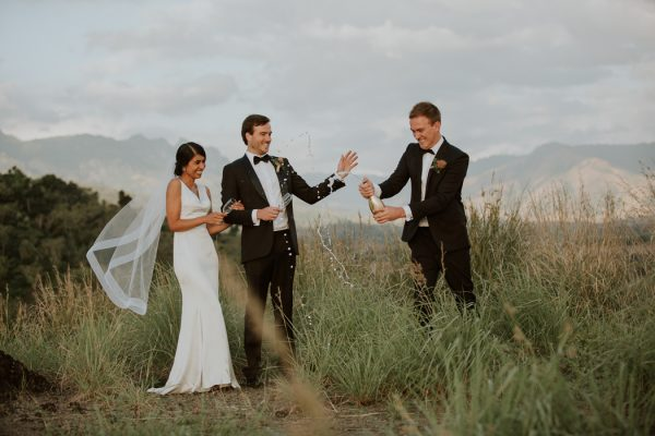 glamorous-fiji-wedding-at-the-garden-of-the-sleeping-giant-32