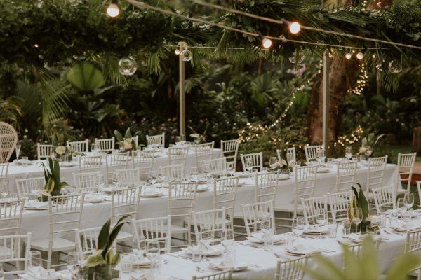 glamorous-fiji-wedding-at-the-garden-of-the-sleeping-giant-36
