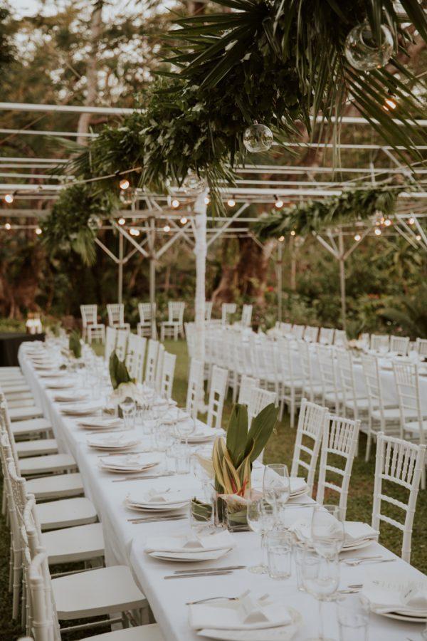 glamorous-fiji-wedding-at-the-garden-of-the-sleeping-giant-37