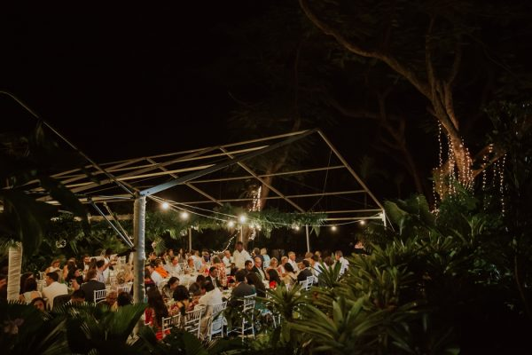 glamorous-fiji-wedding-at-the-garden-of-the-sleeping-giant-39