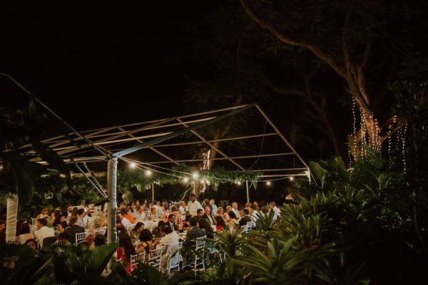 glamorous-fiji-wedding-at-the-garden-of-the-sleeping-giant-39