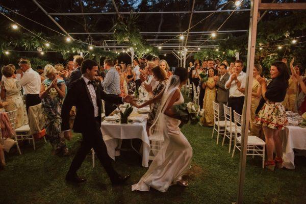 glamorous-fiji-wedding-at-the-garden-of-the-sleeping-giant-40