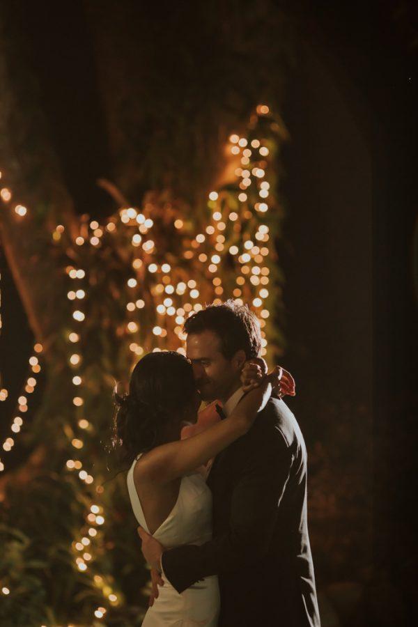 glamorous-fiji-wedding-at-the-garden-of-the-sleeping-giant-45