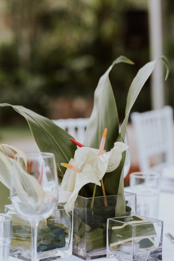glamorous-fiji-wedding-at-the-garden-of-the-sleeping-giant-8