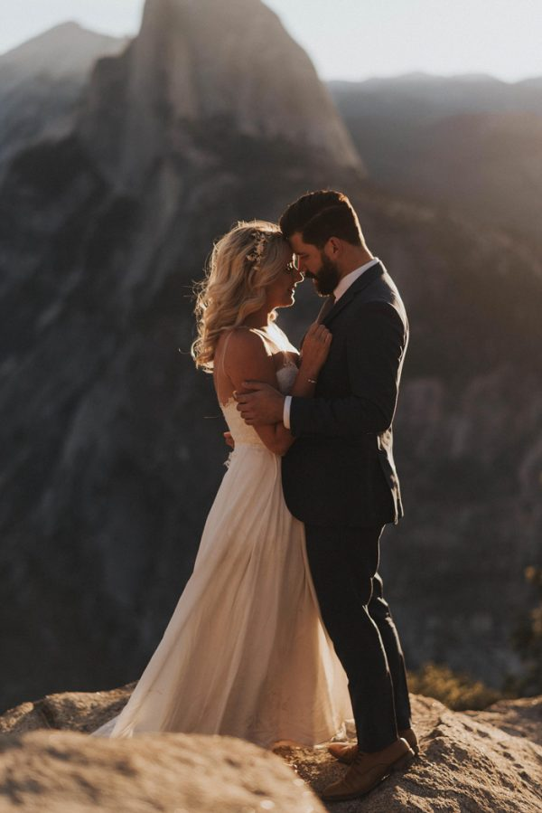 intimate-adventure-wedding-in-yosemite-national-park-30