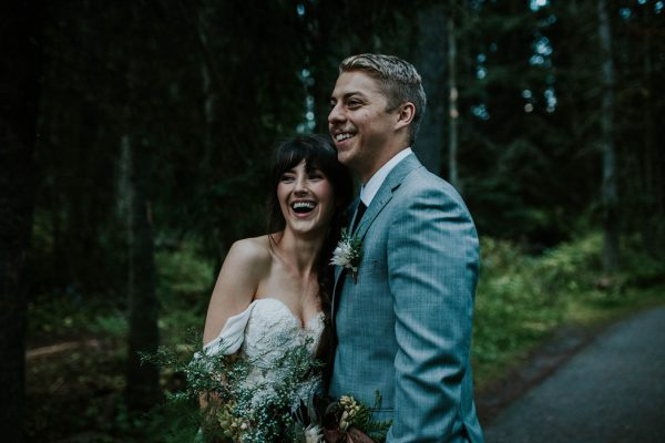 look-no-further-than-these-photos-for-your-lake-louise-elopement-inspiration-21