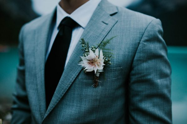 look-no-further-than-these-photos-for-your-lake-louise-elopement-inspiration-25