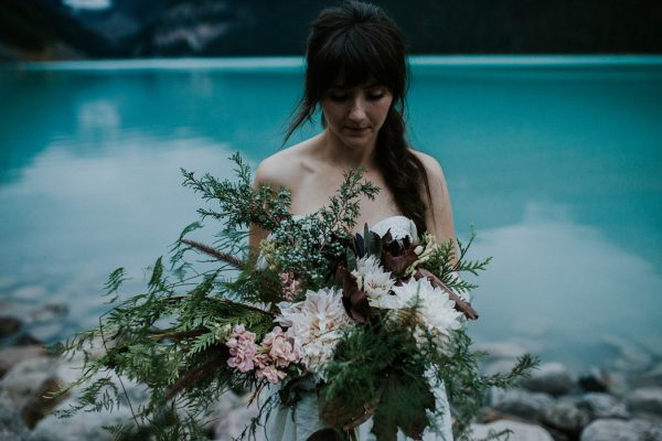 look-no-further-than-these-photos-for-your-lake-louise-elopement-inspiration-27