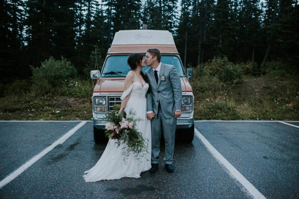 look-no-further-than-these-photos-for-your-lake-louise-elopement-inspiration-32