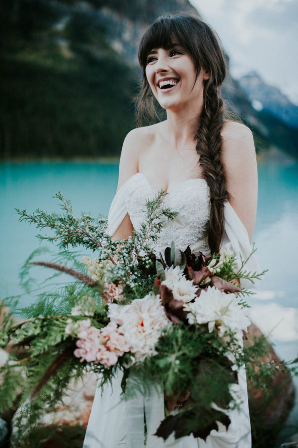look-no-further-than-these-photos-for-your-lake-louise-elopement-inspiration-5