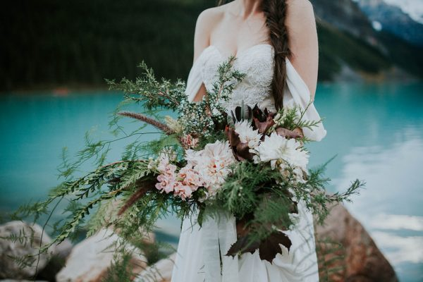 look-no-further-than-these-photos-for-your-lake-louise-elopement-inspiration-6