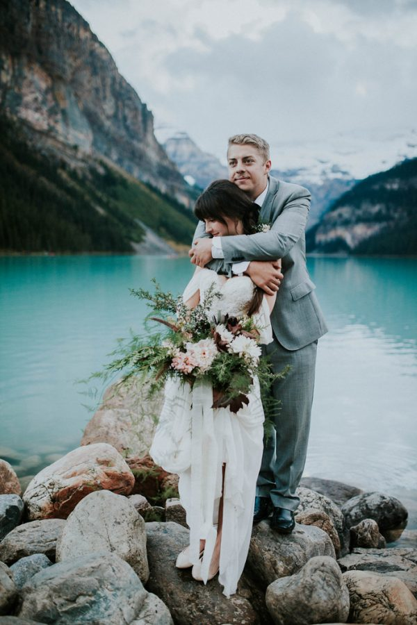 look-no-further-than-these-photos-for-your-lake-louise-elopement-inspiration-7