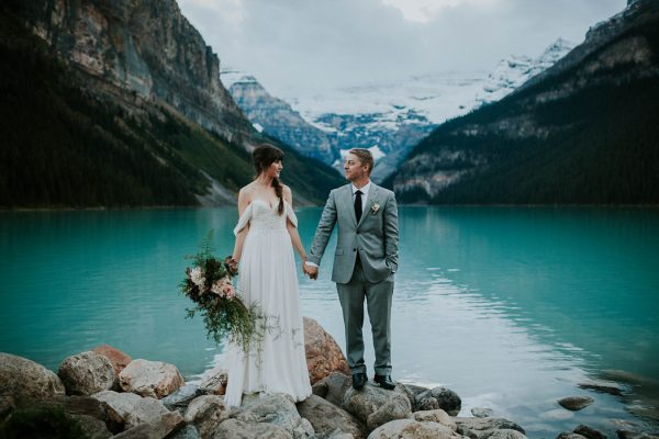 look-no-further-than-these-photos-for-your-lake-louise-elopement-inspiration-8