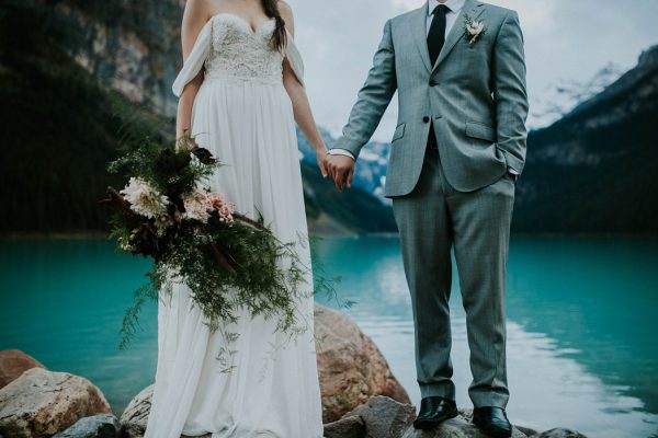 look-no-further-than-these-photos-for-your-lake-louise-elopement-inspiration-9