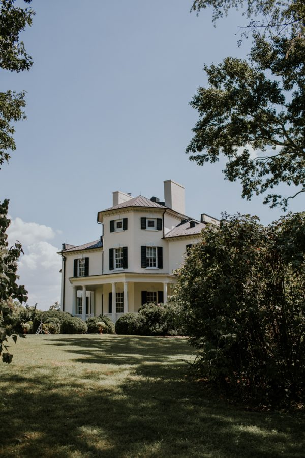minimalist-and-budget-friendly-wedding-at-oatlands-historic-house-and-gardens-1