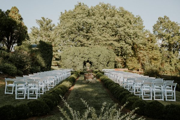 minimalist-and-budget-friendly-wedding-at-oatlands-historic-house-and-gardens-19
