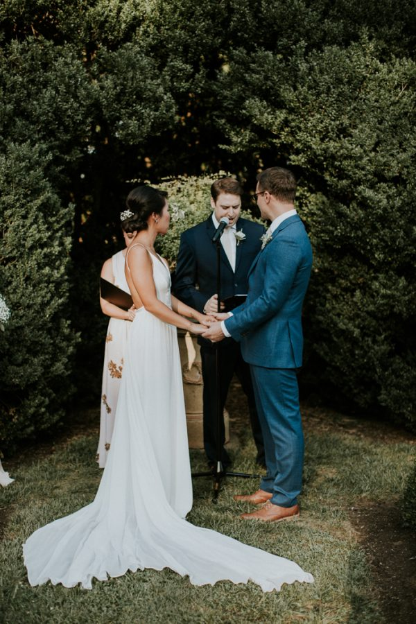 minimalist-and-budget-friendly-wedding-at-oatlands-historic-house-and-gardens-23