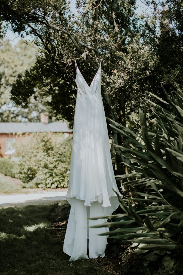 minimalist-and-budget-friendly-wedding-at-oatlands-historic-house-and-gardens-5