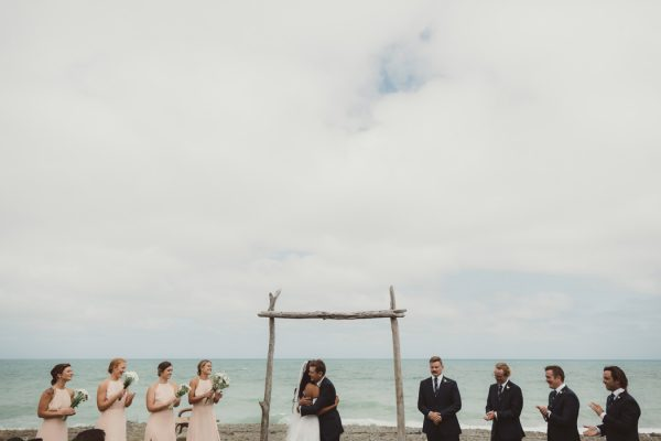 relaxed-waterfront-new-zealand-wedding-at-the-longbeach-estate-10