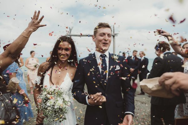 relaxed-waterfront-new-zealand-wedding-at-the-longbeach-estate-12