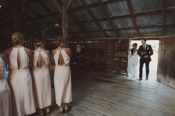 relaxed-waterfront-new-zealand-wedding-at-the-longbeach-estate-40