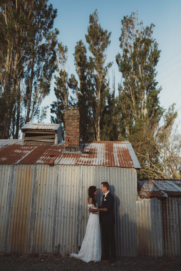 relaxed-waterfront-new-zealand-wedding-at-the-longbeach-estate-43
