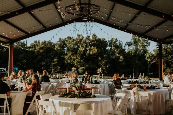 rustic-bohemian-ranch-wedding-in-oklahoma-10