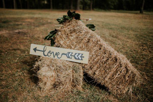 rustic-bohemian-ranch-wedding-in-oklahoma-16
