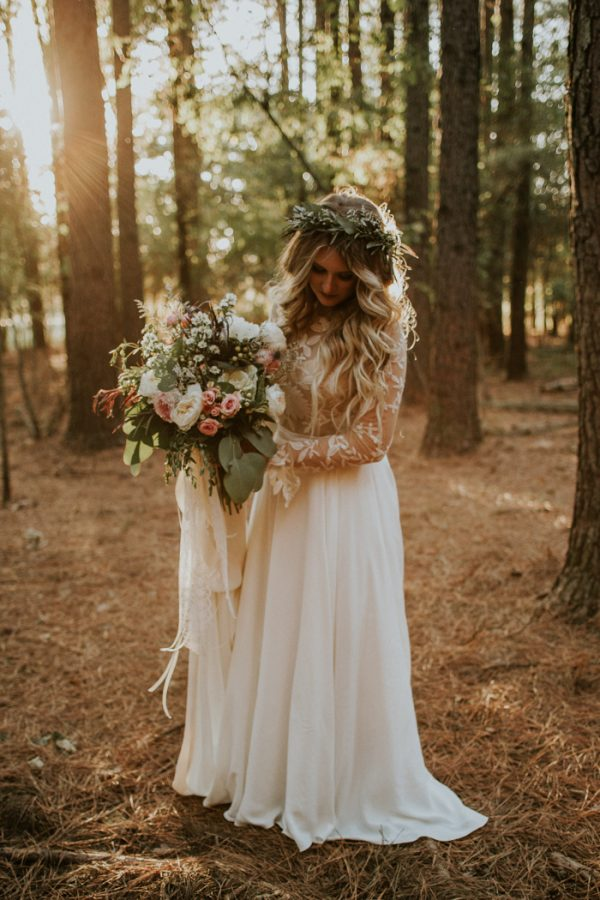 Rustic bohemian ranch wedding in oklahoma junebug weddings for Boho country wedding dress