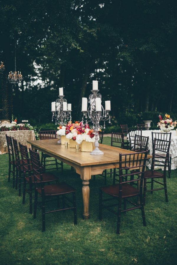 southern-glam-garden-party-wedding-at-the-venue-at-tryphenas-garden-16