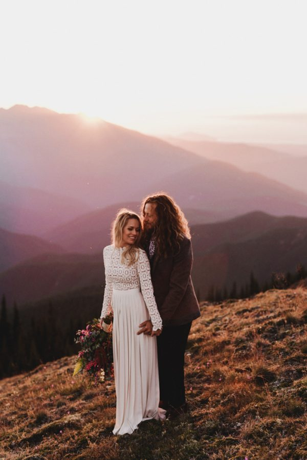 stylish-and-secluded-olympic-national-park-elopement-31
