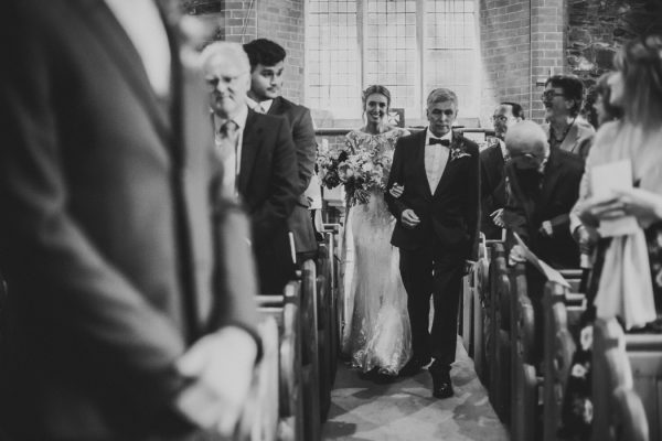 sweet-and-sparkly-leicestershire-wedding-at-the-old-stables-13