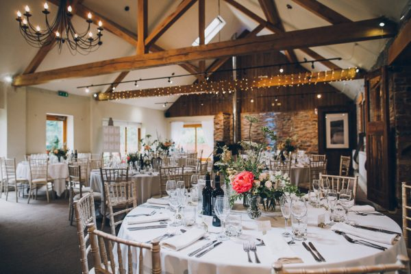 sweet-and-sparkly-leicestershire-wedding-at-the-old-stables-25