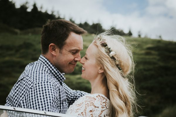 these-newlyweds-took-a-romantic-drive-through-moel-famau-24-hours-after-saying-i-do-10