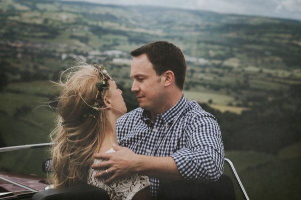 these-newlyweds-took-a-romantic-drive-through-moel-famau-24-hours-after-saying-i-do-11