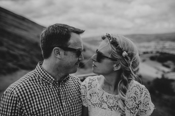 these-newlyweds-took-a-romantic-drive-through-moel-famau-24-hours-after-saying-i-do-20