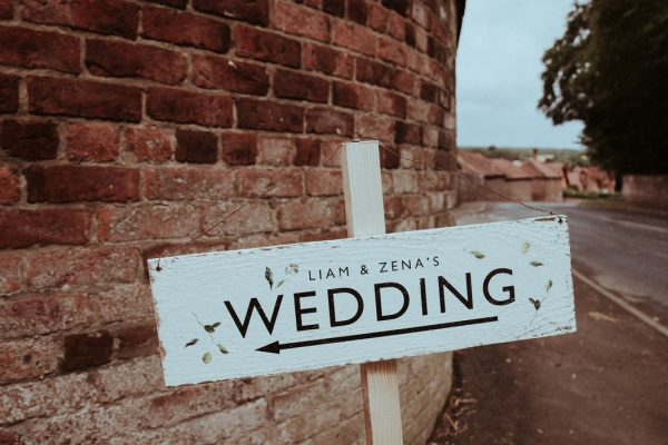 this-couple-put-a-natural-spin-on-their-sledmere-house-barn-wedding-18