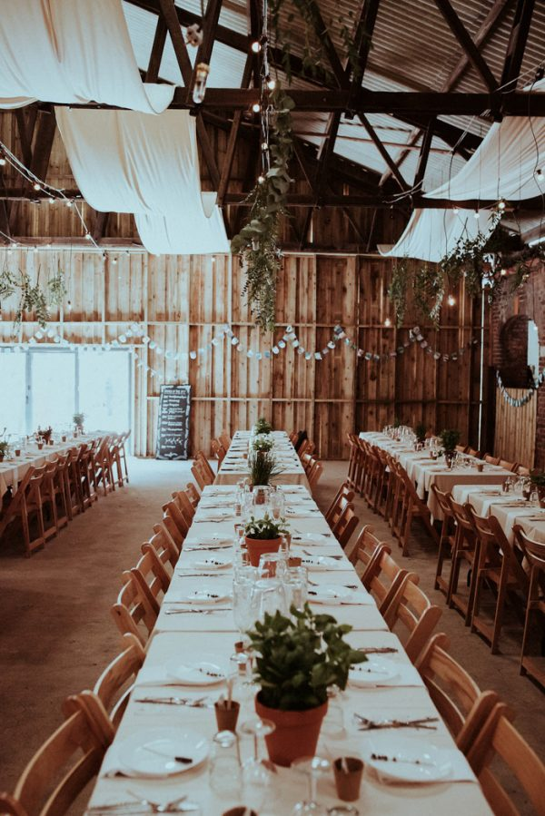 this-couple-put-a-natural-spin-on-their-sledmere-house-barn-wedding-2